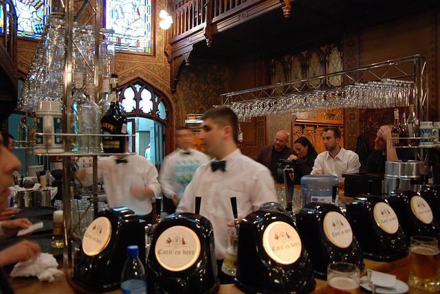 Oldest beerhouse in Bucharest, Caru' cu Bere