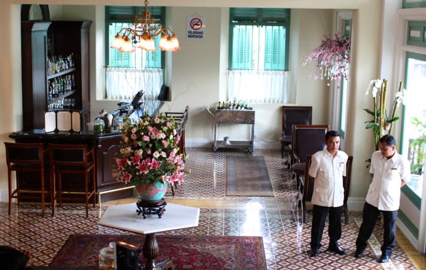 Majestic hotel lobby