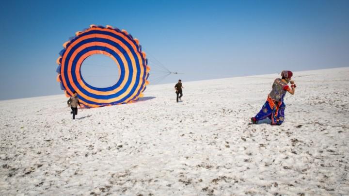 Travel Photography: Tom Robinson, Uttarayan Kite Festival