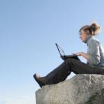 5 Reasons To Take Your Laptop Traveling