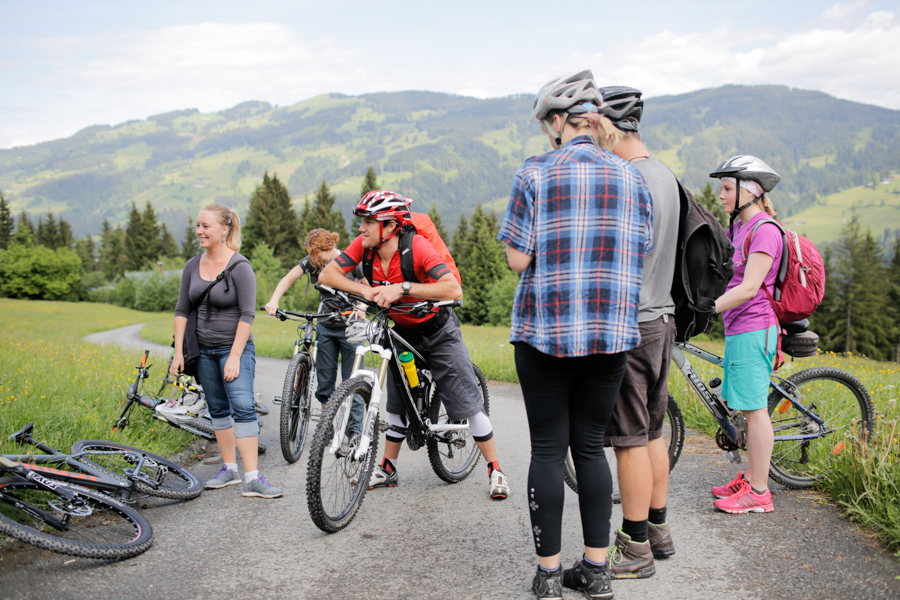 Group mountain biking Tirol
