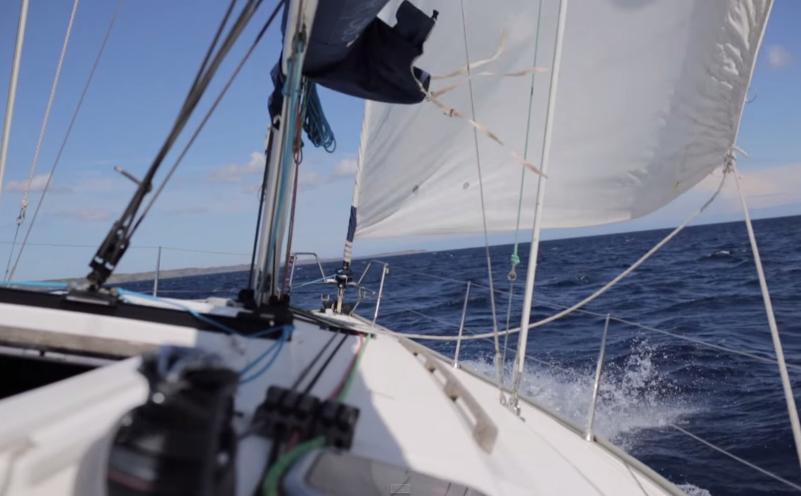 Sailing the waves, Menorca