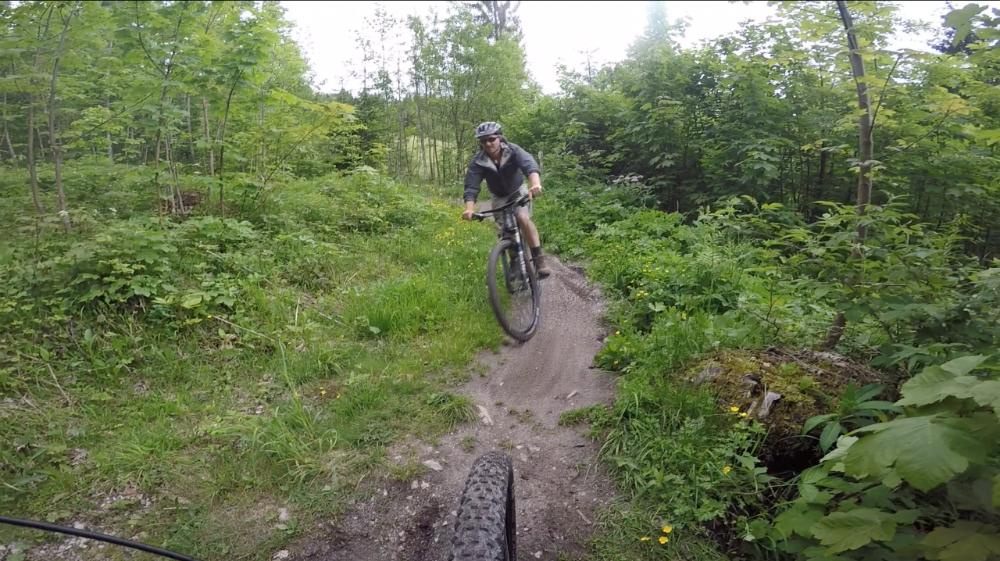 mountain-biking-rider-tirol