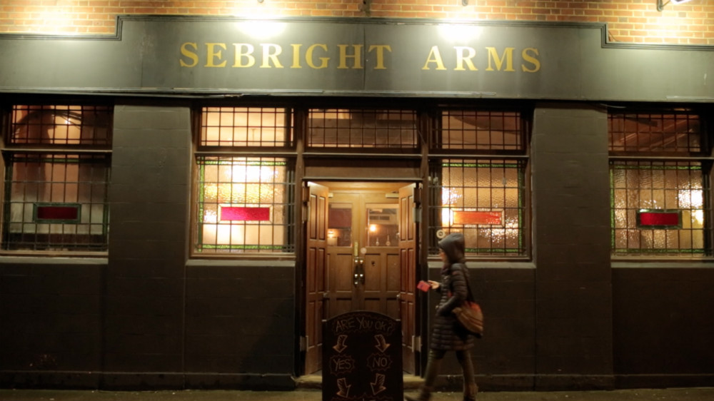 sebright arms, plenty of craft beer here